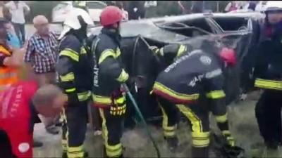 Denizli'de otomobil devrildi: 3 yaralı