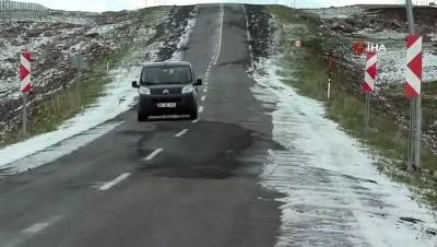 - Dolu yağışı Ardahan'ı beyaza bürüdü