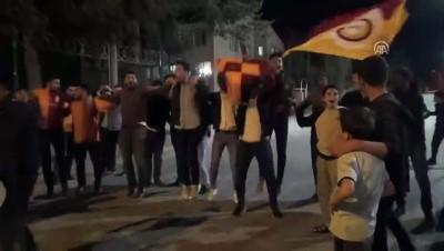 Galatasaray'ın şampiyonluk kutlamaları - BİTLİS