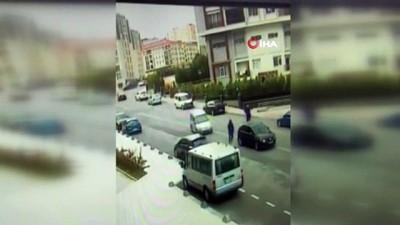 polis ekipleri -  İstanbul'da kapkaç çetesinin hırsızlık anları kamerada