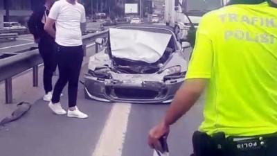 hastane - Küçükçekmece'de zincirleme trafik kazası: 1 yaralı - İSTANBUL
