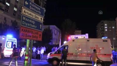 Minibüs yayalara çarptı: 2 yaralı - MARDİN