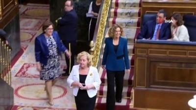 - Tutuklu Katalanlar Milletvekili Yemin Töreni İçin Serbest Bırakıldı