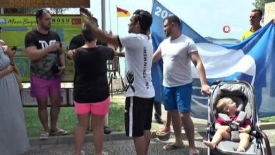 festival -  Üst üste 6'ıncı kez Mavi bayrağı plajlarına getirdiler