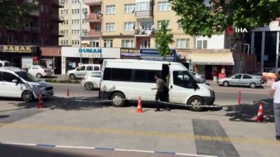 Uyuşturucu ticaretine polis kıskacı: 3 kişi tutuklandı