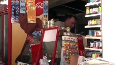 kadin surucu -  Gaz ve freni karıştırdı, markete girdi