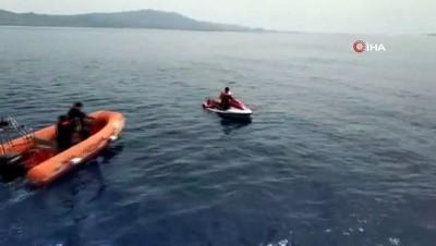 Jet ski'ye tutunarak Yunan adalarına kaçmaya çalışan Filistinli kaçaklar yakalandı