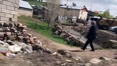 Sarıkamış'ta 6 kişinin hayatını kaybettiği köyde gözyaşı ve hüzün var