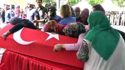 sehit -  Şehit polis memuru için tören düzenlendi