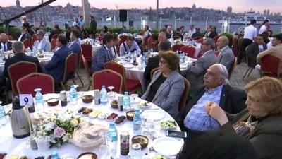 'Türk İslam coğrafyasının ciddi sorunlarla karşı karşıya olduğunu görüyoruz' - İSTANBUL