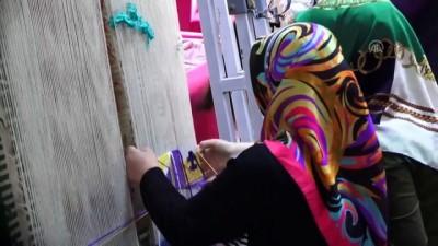 Anne-kız aynı halı tezgahında geleneksel mirası yaşatıyor - KAYSERİ
