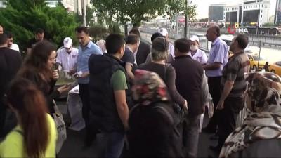 akalan -  Cevizlibağ'da iftara yetişemeyen vatandaşlara çorba ikramı
