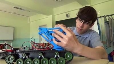 El hareketiyle kontrol edilebilen bomba imha robotu - AMASYA