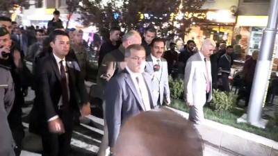 Emniyet Genel Müdürü Uzunkaya, vatandaşlarla sohbet etti - HAKKARİ