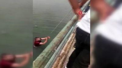 - Fırat Nehrine atlayan genç kızı vatandaşlar kurtardı