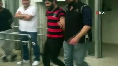 İzmir'de FETÖ ve PKK'ya çifte darbe: 9 gözaltı