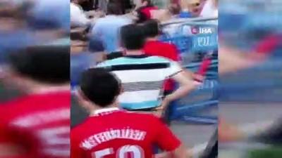 Maç sonrası çıkan arbede kamerada: 4 gözaltı