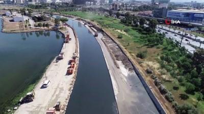 10 günde 18 bin 500 ton atık çıkarılan Meles ve Arap dereleri havadan görüntülendi