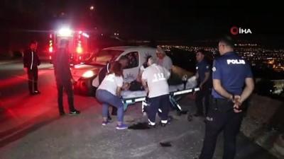 Aracın içinde uyuya kalan şahıs şarampole düşmekten son anda kurtarıldı