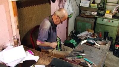 Ayakkabıcılık mesleğini 9 metrekarelik dükkanında yaşatıyor - SAKARYA