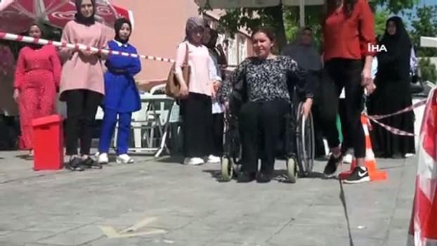 gorme engelli -  Engelliler için 'Empati Parkuru'nda yürüdüler