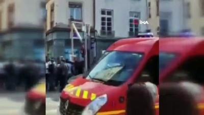 irak -  - Fransa'daki patlamada yaralı sayısı 10'a yükseldi - Olayın sokağa bırakılan bir paketin patlaması sonucu meydana geldiği öğrenildi