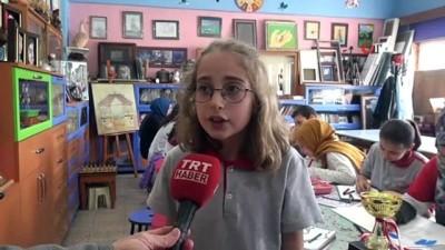 Minik Zeynep karikatürde 'dünya birincisi' oldu
