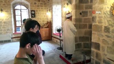 Nuh Camii'nin mihraptaki 300 yıllık ses sistemi