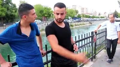 Sulama kanalına düşen çocukları vatandaş kurtardı - ADANA