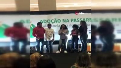 - Brezilya'da insanlıktan utandıran görüntüler - Bir grup kimsesiz çocuk podyumda evlat edinmek isteyen ailelerin önünde yürütüldü - Program toplanan binlerce imzayla protesto edildi