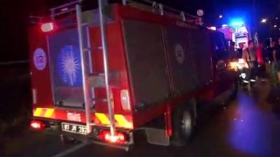 Antalya'da yolcu otobüsü ticari araca çarptı : 4 yaralı