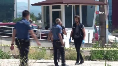 kisla -  Bursa'da cam silen personeli taşıyan vinç devrildi: 2 ölü