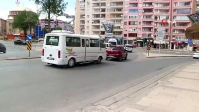 Büyükşehir Tugay Kavşağı'ndaki trafik sorununu çözdü