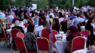 muhabir - Erbil Uluslararası Maarif Okulu bin kişiye iftar verdi - ERBİL