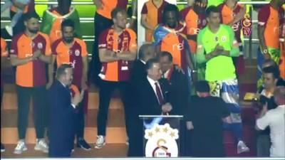 sahit - Fatih Terim, 5 yıl daha Galatasaray'da - İSTANBUL Video