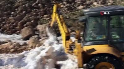 Kaş'ta mayıs ayında karla mücadele