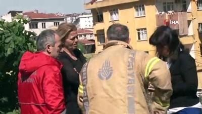 Fikirtepe'de yangında hayatını kaybeden şahıslardan birinin cenazesi evden çıkarıldı