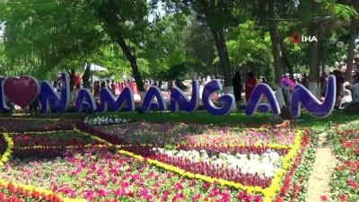 - Özbekistan'da Geleneksel Çiçek Festivali Coşkuyla Kutlandı