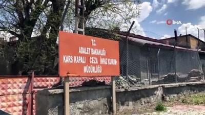 tarihci -  Tarihi Kars Cezaevi yıkılıyor
