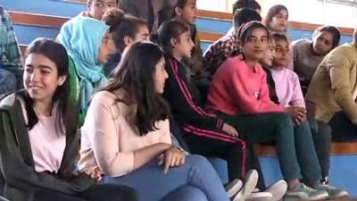 zihinsel gelisim - Diyarbakırlı çocuklar geleneksel oyunlarla sosyalleşiyor