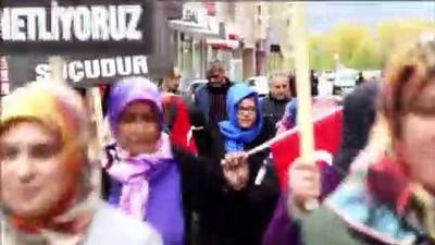 cansiz manken - Kadınlardan çocuk istismarı ve kadına şiddete protesto - ERZURUM