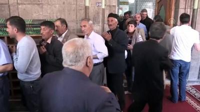 ramazan ayi - Peygamber sevgisi camilere sığmadı - AĞRI