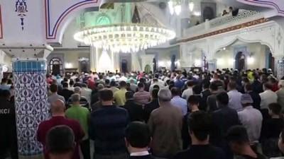 Ramazan ayının ilk teravih namazı - KİLİS