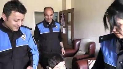 Anaokulu öğrencisinin hayalini polis üniformasıyla gerçekleştirdiler - KAYSERİ