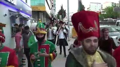 Ramazan Şenliği'ne Osmanlı'dan kalma gelenek ile davet edildiler