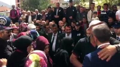 Beşiktaş'taki saldırıda ağır yaralanan ve tedavi gördüğü hastanede 2,5 yıl sonra şehit düşen polis memuru için tören düzenlendi