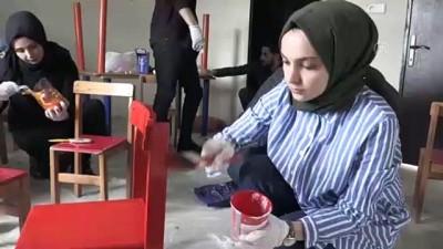Atıl malzemelerle köy okullarına kütüphane kuruyorlar - AĞRI