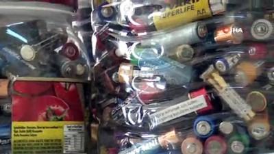 Liseli öğrencilerden örnek hareket...30 bin adet plastik şişe ve 9 bin adet atık pil toplandı