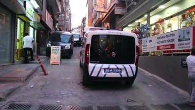 polis merkezi -  İzmir'de cinnet getiren baba iki kızını ağır yaraladı