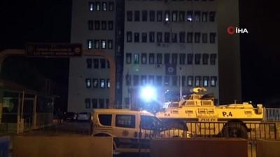 kacak gocmen -  Tarsus'ta 54 kaçak göçmen bir eve kilitlenmiş halde bulundu